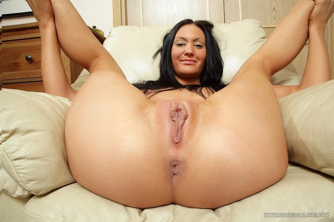 Featured Mexican Milf Porn Pics