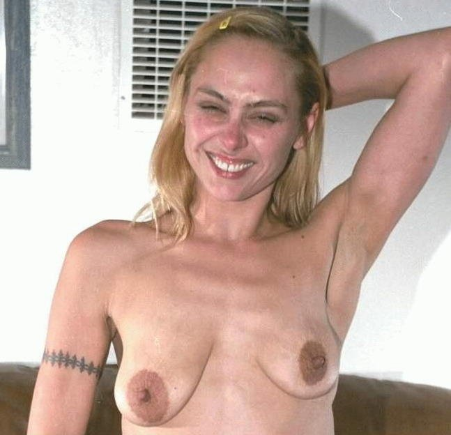 Shemale with beautiful natural tits